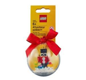 decoration en forme de petit soldat lego 853907