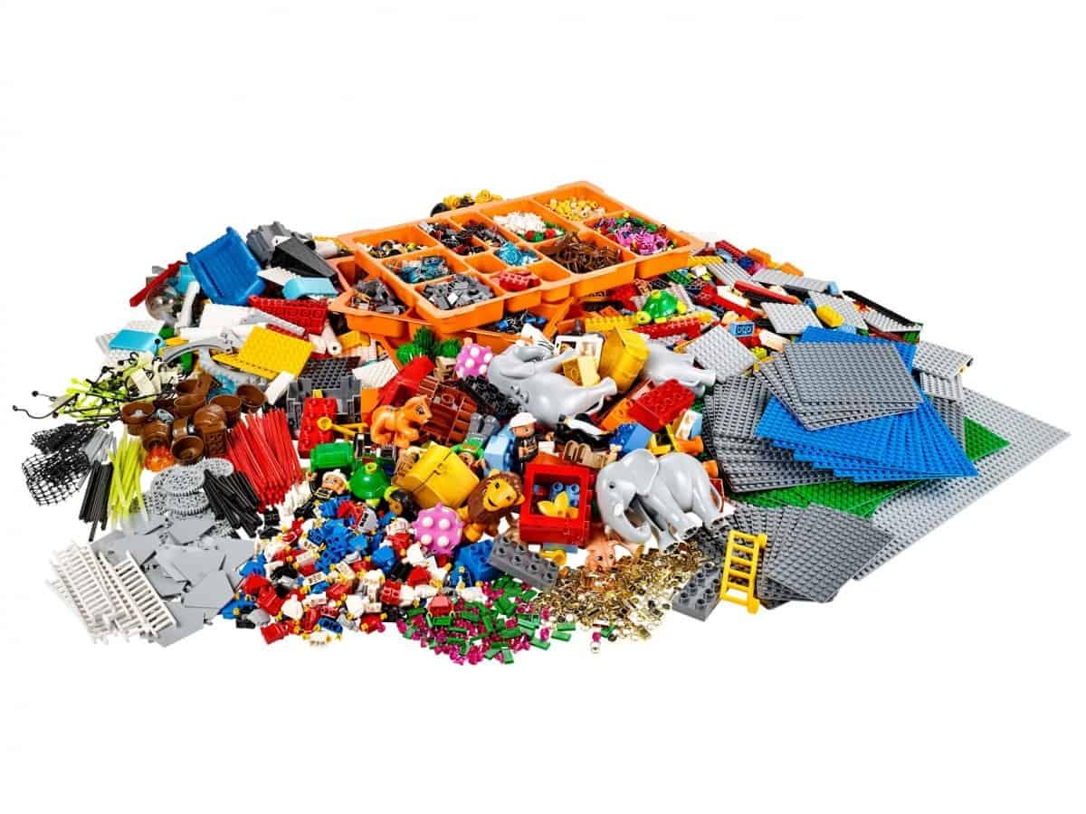 lego 2000430 kit identite et paysage scaled