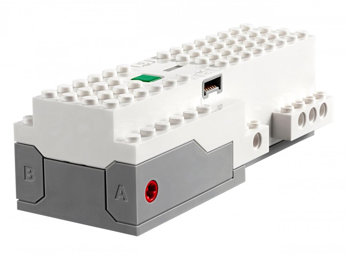 lego 88006 move hub scaled