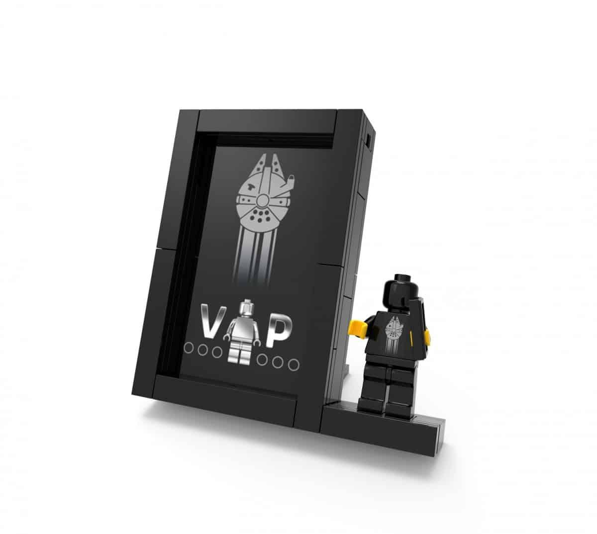 loffre exclusive portant sur larticle lego 5005747 presentoir de la carte noire scaled